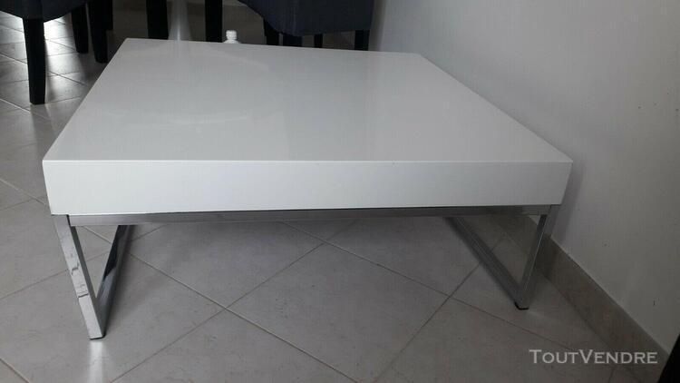 Table basse blanc laqué h30 x l80 x pr80 comme neuve