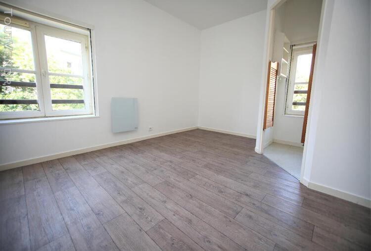 Location studio meublé - rennes