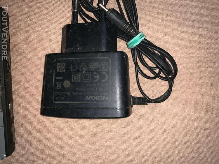 Téléphone portable nokia n95 avec chargeur nokia original