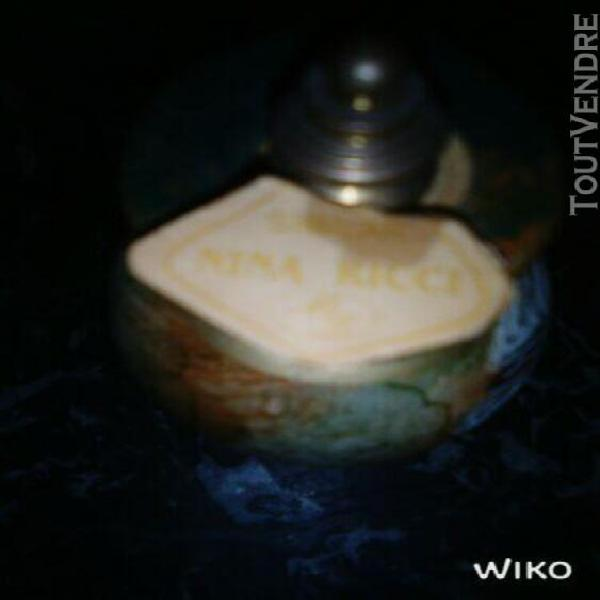 Nina ricci flacon de parfum ancien