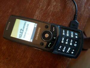 Telephone portable samsung sgh-j700 avec chargeur