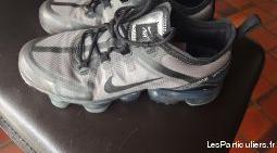 chaussure nike air très bon état taille 38
