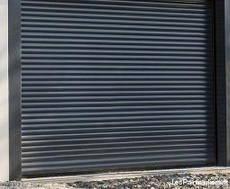 Porte de garage enroulable neuve
