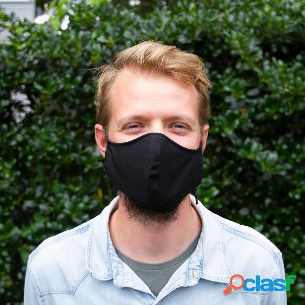 Masque en tissu noir - réveillon