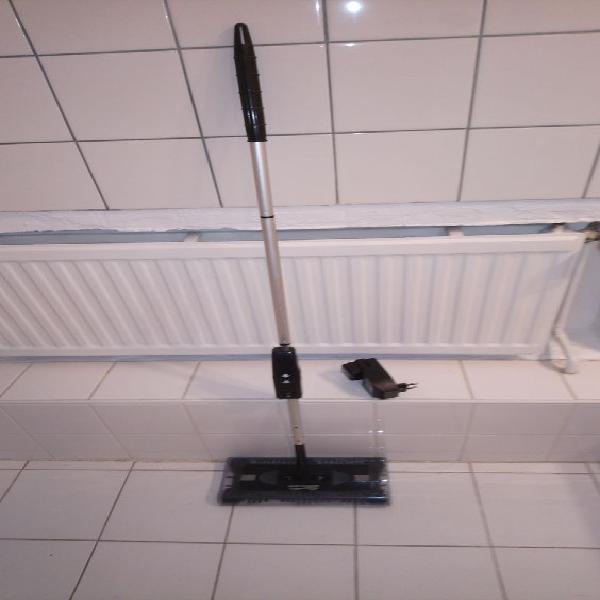 Balai électrique sans fil (avec chargeur pour accu) neuf,