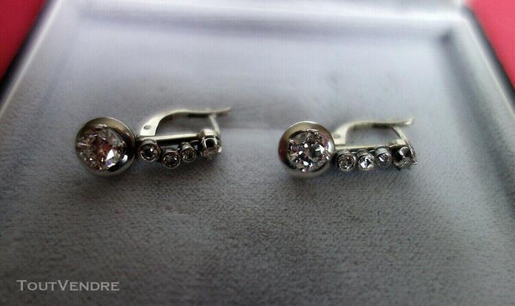 Joaillerie ancienne paire boucles d'oreille platine diamant