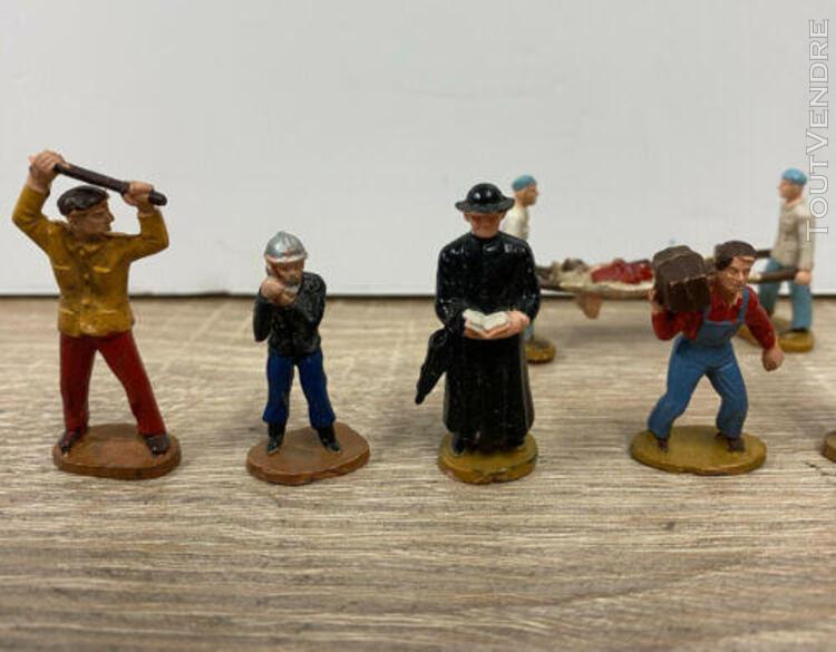 T1495__ lot 9 figurines employés dont bracardier starlux