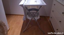 Table à langer avec baignoire pliable