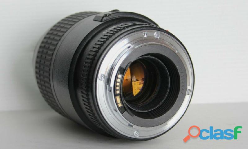Objectif Canon EF 100 mm f:2.8 macro USM 2