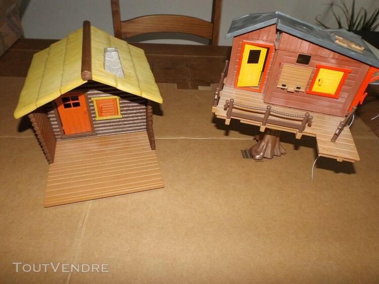 Playmobil maison dans les arbres 5557 et cabane pecheur fore