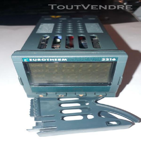 Regulateur de temperature eurotherm 2216 neuf,