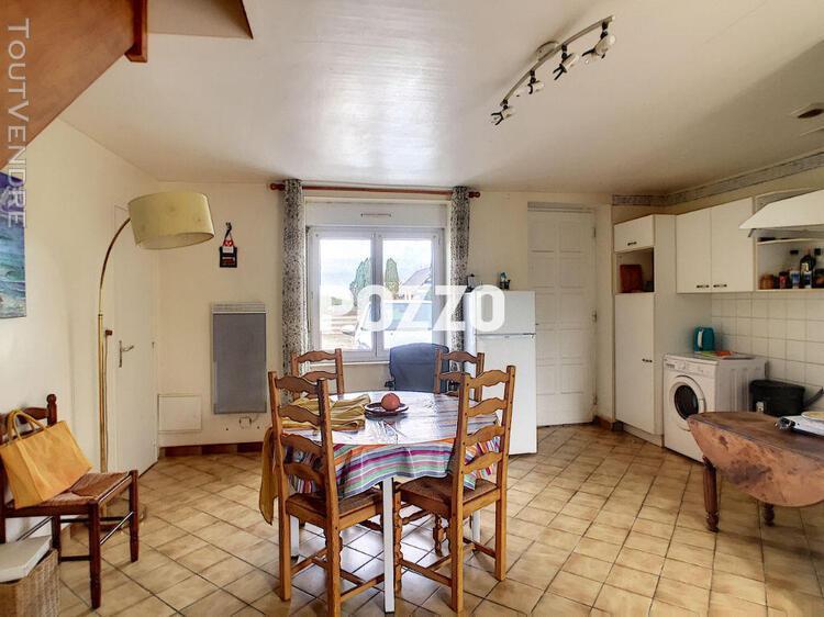 A louer - maison 32.95 m² beauvoir