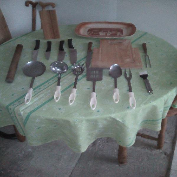 Lot ustensiles de cuisine occasion, bourges (18000)