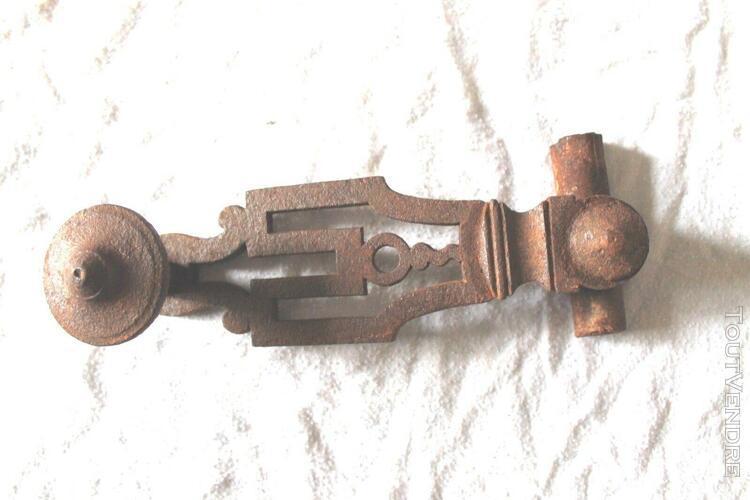 Loquet poignée porte fenêtre ancienne fer 19 ème