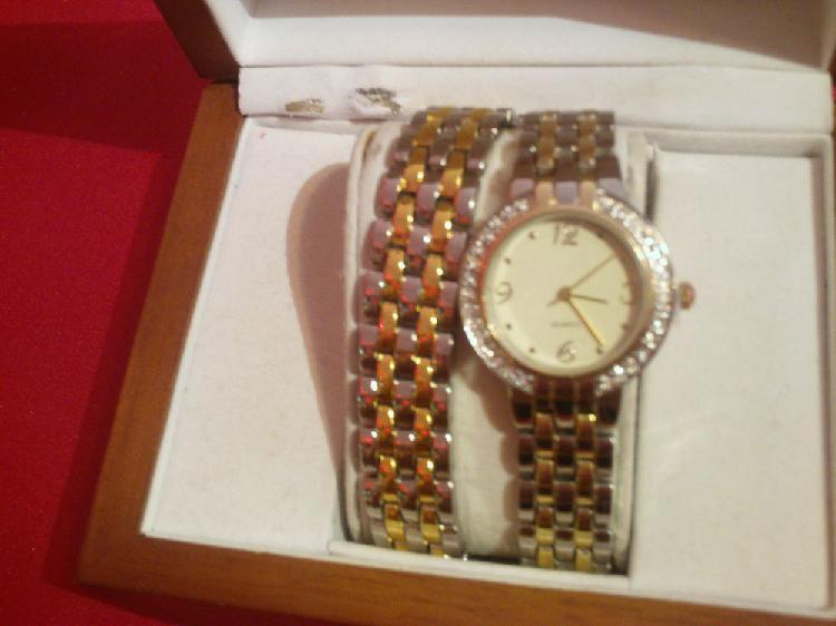 Parure montre + bracelet neuve quartz n°580
