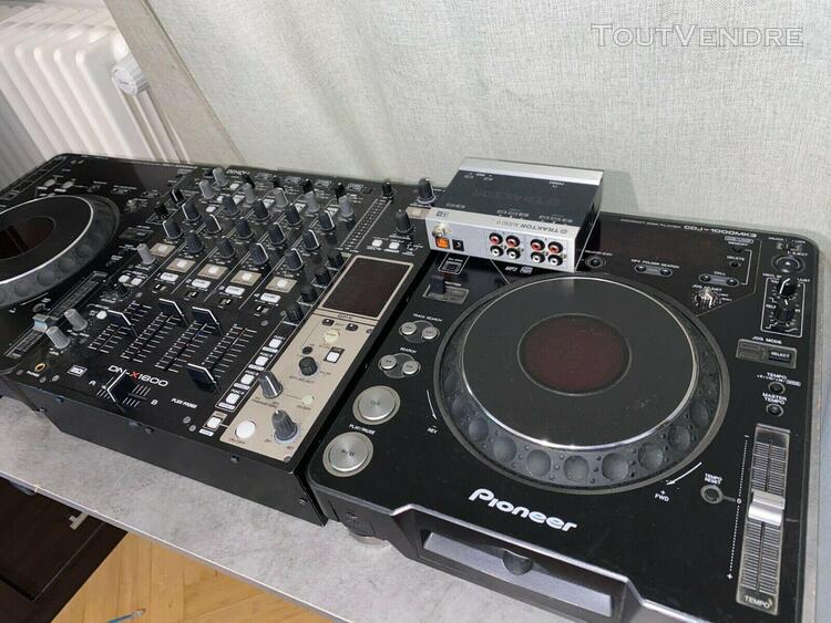 Dj complet pioneer cdj 1000mk3 x2 + table mixage denon dnx16