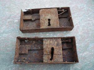Serrure ancienne fer forgé (le lot de deux)