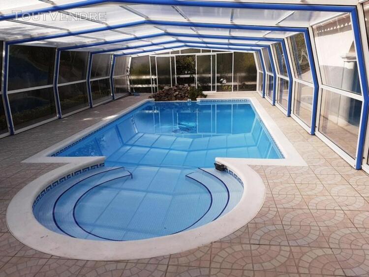 Villa de 187 m² habitables avec dépendances sur 1240 m²