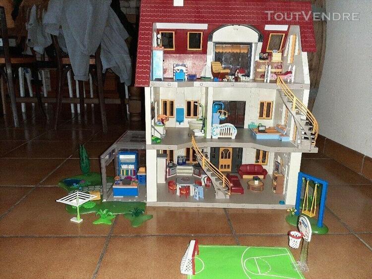 Playmobil maison avec accessoires