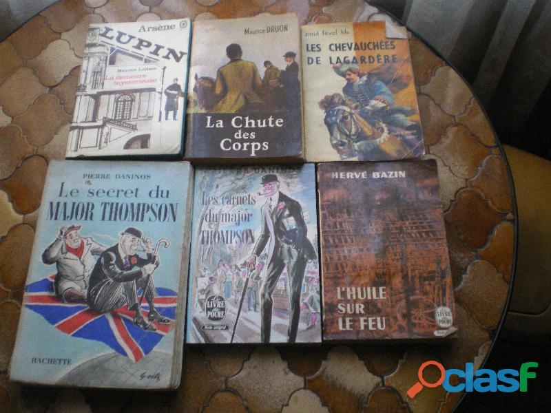 Livres   Carnets et Secret du Major Thompson etc.