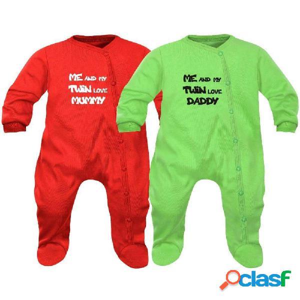 Lot de 2 pyjamas bébé jumeaux: me and my twin love MUMMY / DADDY