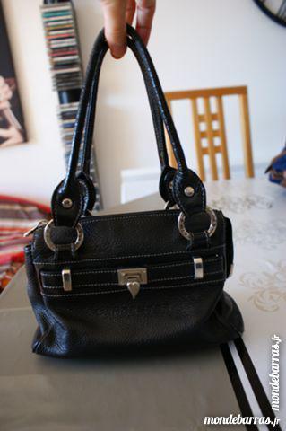 Petit sac vintage noir cuir lancaster occasion, cabestany