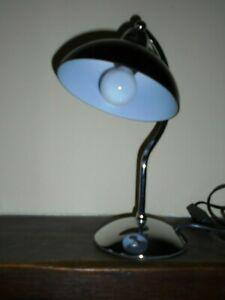 Superbe lampe de bureau en metal noir et inox marque