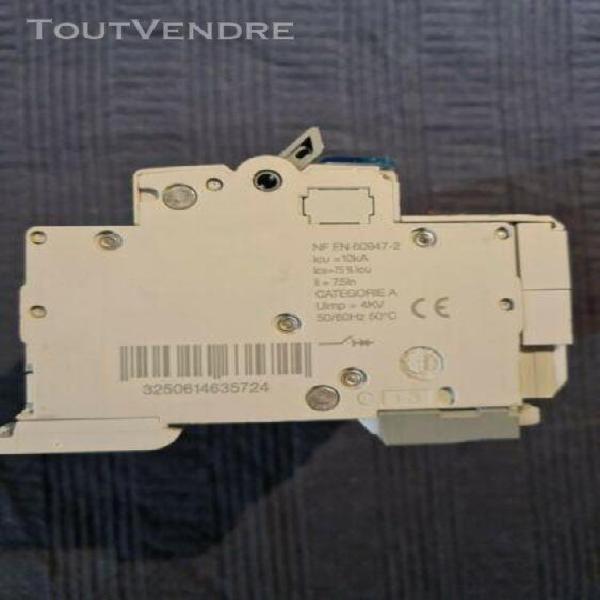 Disjoncteur différentiel nft810+bfc925f c10 300ma hager