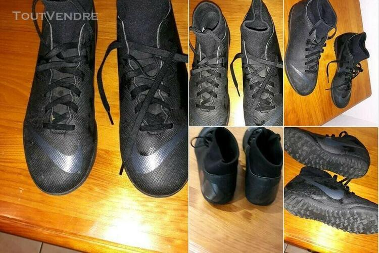 Baskets, chaussures football salle nike 40