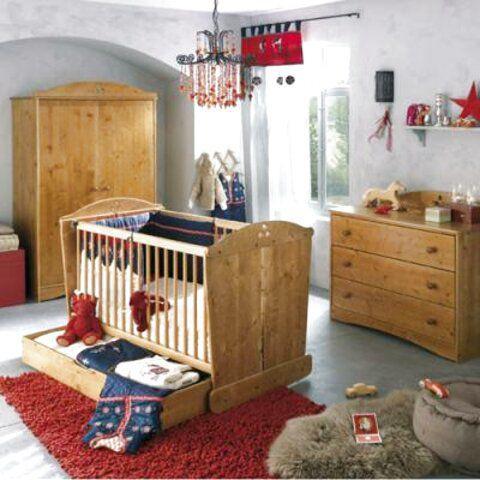 Chambre enfant pic epeiche thème cèdre motif coeurtrès