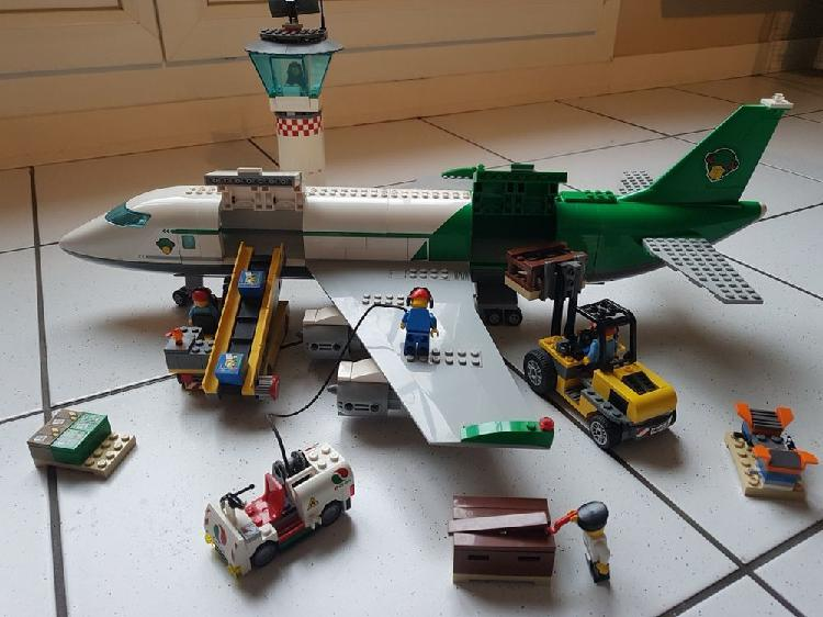 Le terminal de l'aéroport camion pompier lego occasion,