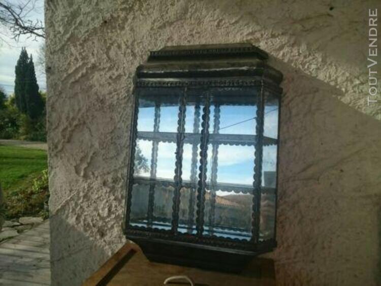 Petite vitrine murale (fond miroir)