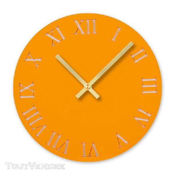 Horloge murale ronde silencieuse avec chiffres arabes design