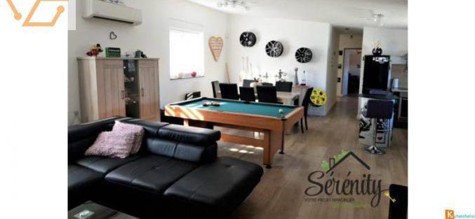 Ensemble immobilier appartement 4 pièces + e...