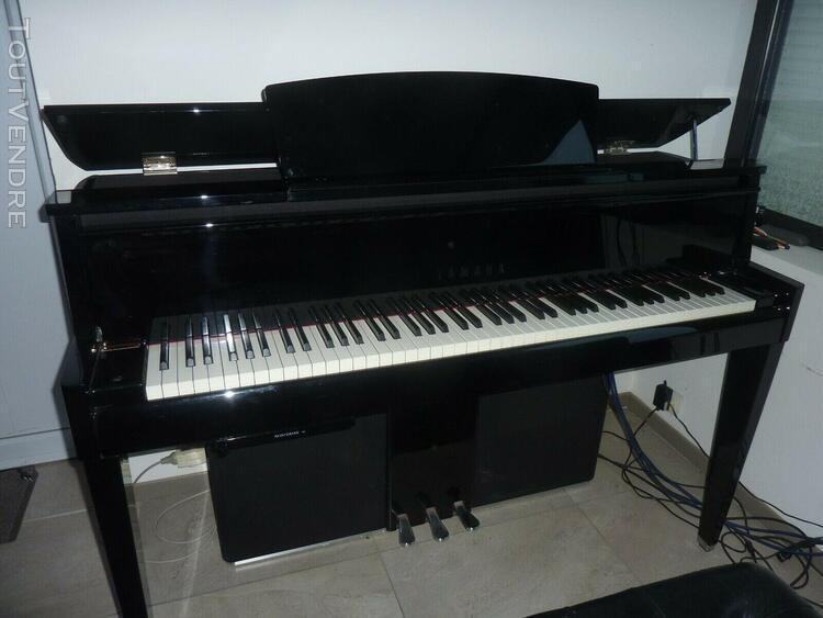 Beau piano hybride yamaha avantgrand n2 état neuf trés peu