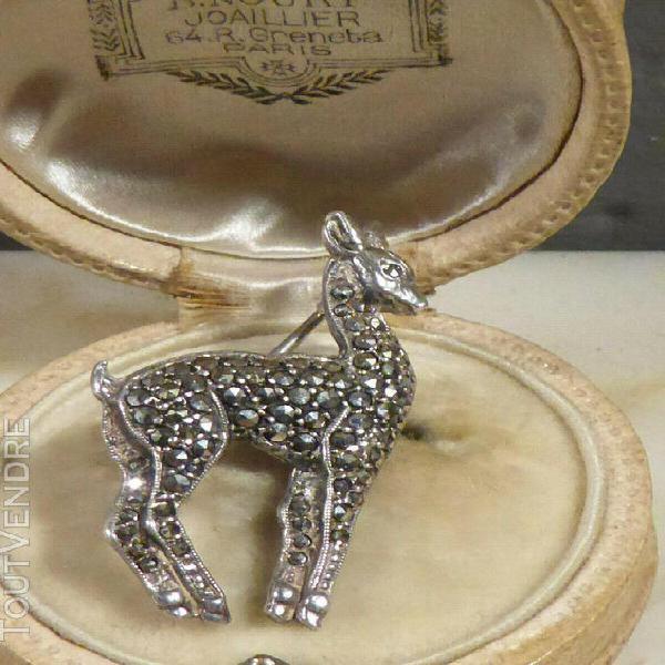 Belle broche art déco bambi ancienne en argent& marcassite