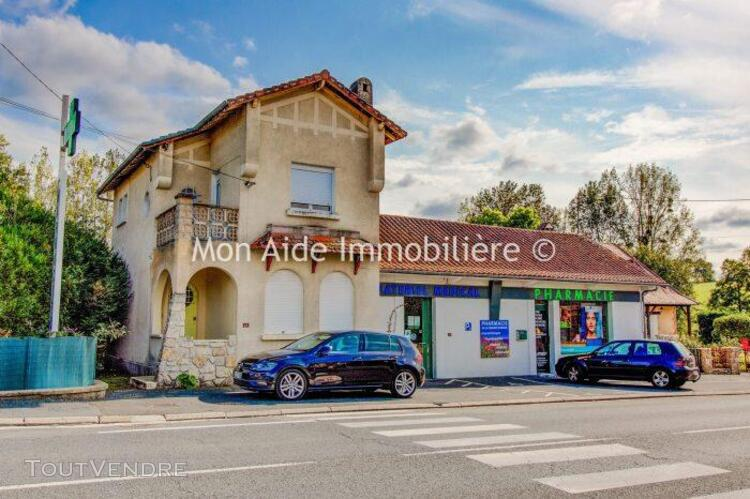 Ensemble immobilier - maison et local commercial