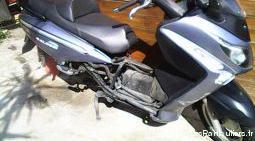 Divers pièces scooter 125 gts sym 2012.