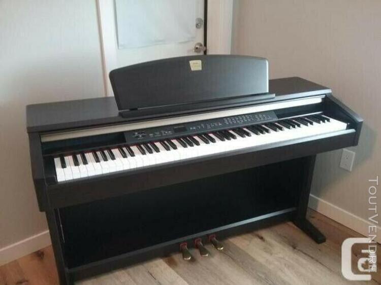 Piano numérique yamaha clavinova clp-130, noir, mémoire