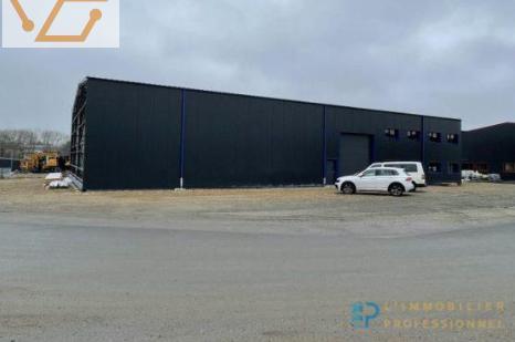 local d'activité de 324 m² en zone de...
