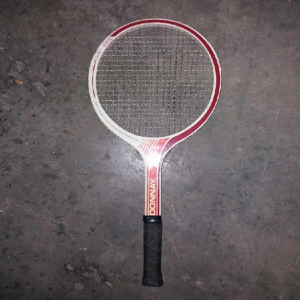 Raquette de tennis en bois occasion, lille (59000)