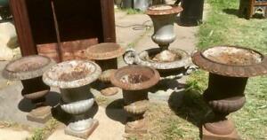 Lot de vases medicis anciens en fonte + vasque
