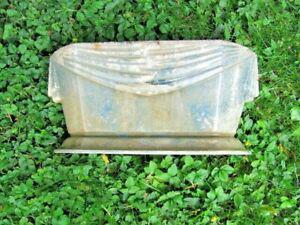 Très ancienne vasque jardin fonte émaillée art déco ou