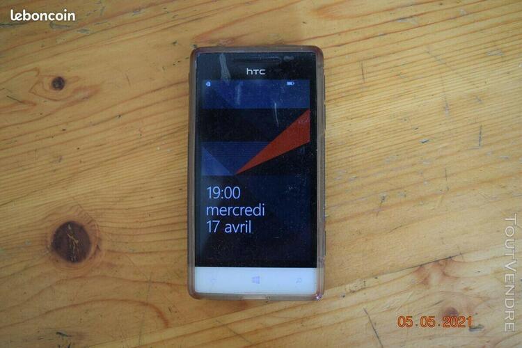 Téléphone portable (htc windows phone 8s)