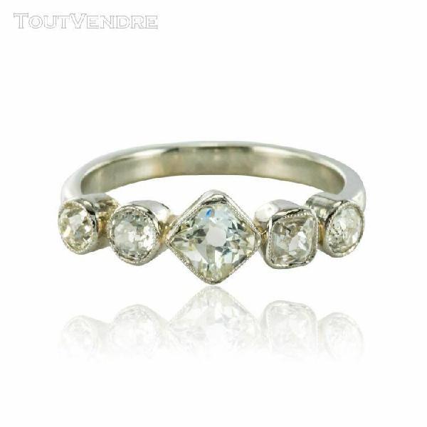 Bague ancienne jarretière diamants or blanc platine belle