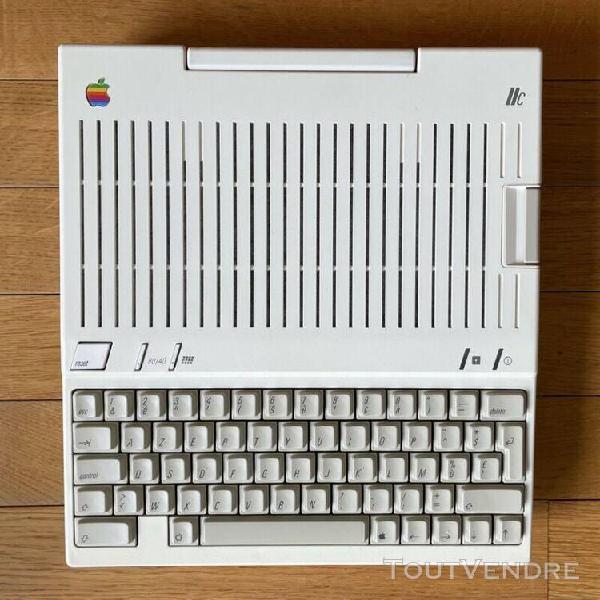 Apple iic avec souris m0100 et adaptateur scart péritel rvb
