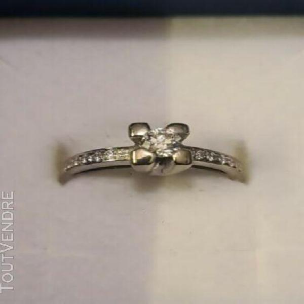 Bague en or blanc 18 carats en diamants vvs1-vvs2