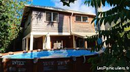 A vendre maison dans les hauts d'hajangoua