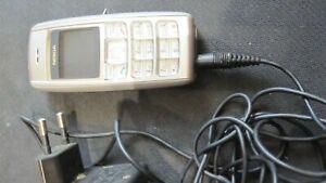 Telephone portable nokia classique gris argent