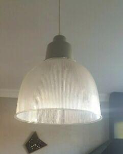 Lampe suspension style industriel lustre transparence design